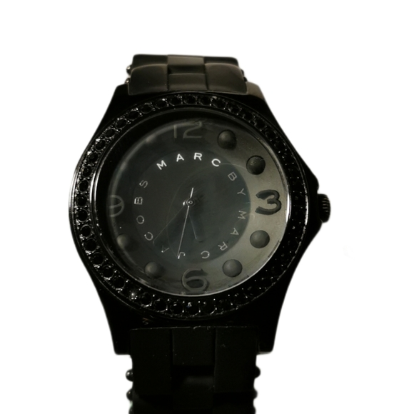 Marc Jacobs MBM2542 'Pelly' Black Silicone…